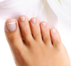 Symptoms and treatment of athlete foot fungus